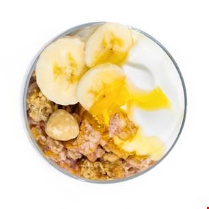 Iaurt grecesc cu musli crunch, banane și miere